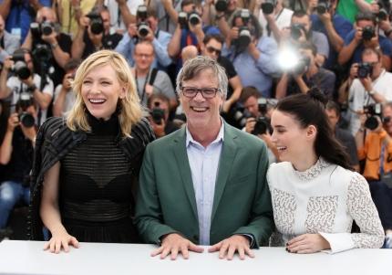 "Cate Blanchett, Todd Haynes et Rooney Mara - Photocall du film ""Carol"" lors du 68ème Festival International du Film de Cannes. Cannes, le 17 mai 2015"